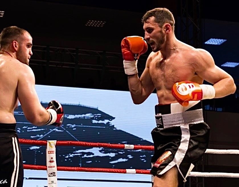 Îi sprijinim pe campionii de mâine ai boxului românesc să își atingă aspirațiile
